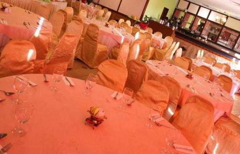 Hotel Selesa Pasir Gudang - Restaurant - 16