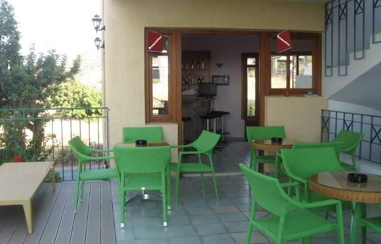 Romantica Hotel Apartments - Bar - 2