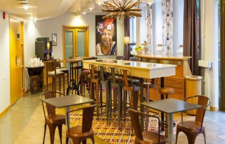 Park Inn Uppsala - Hotel - 6