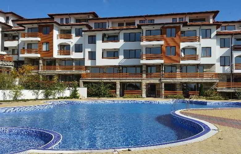 Festa Gardenia Hills - Pool - 13