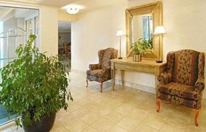 Comfort Inn Arlington Blvd/DC Gateway - General - 1