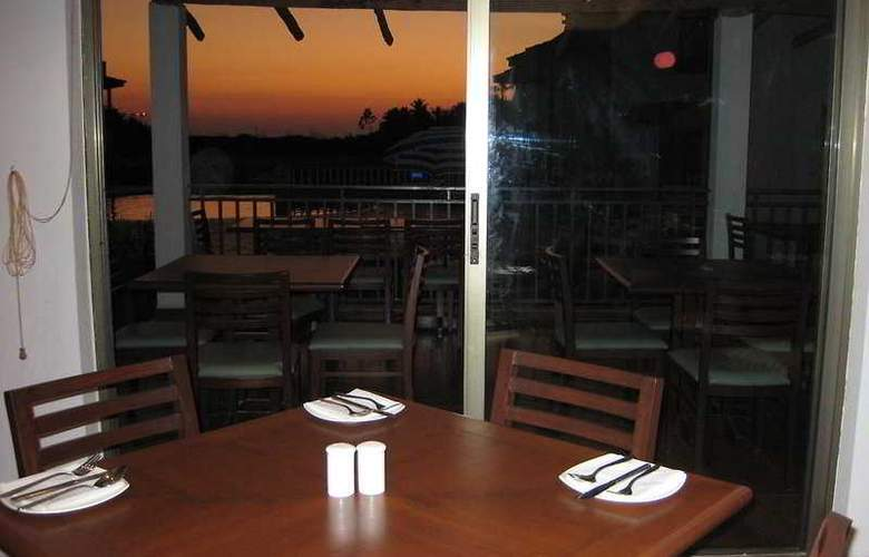 Baywatch Resort-Goa - Restaurant - 8