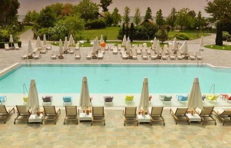 Atakoy Marina Hotel - Pool - 5