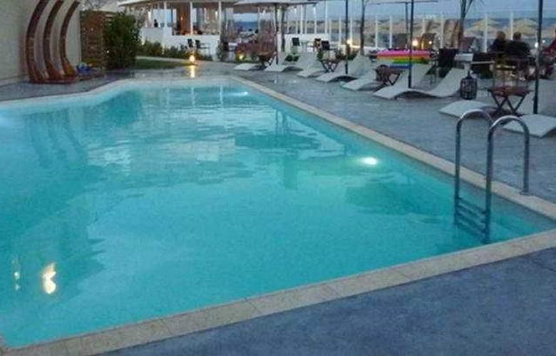 Sikyon Hotel - Pool - 6