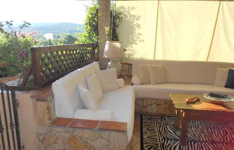 Baia de Bahas Apartaments - Terrace - 30