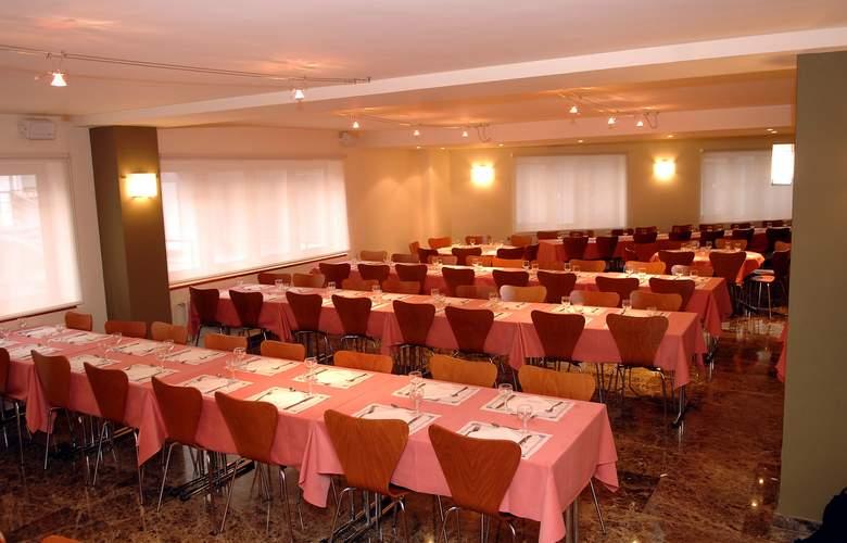 Cosmos Hotel - Conference - 6