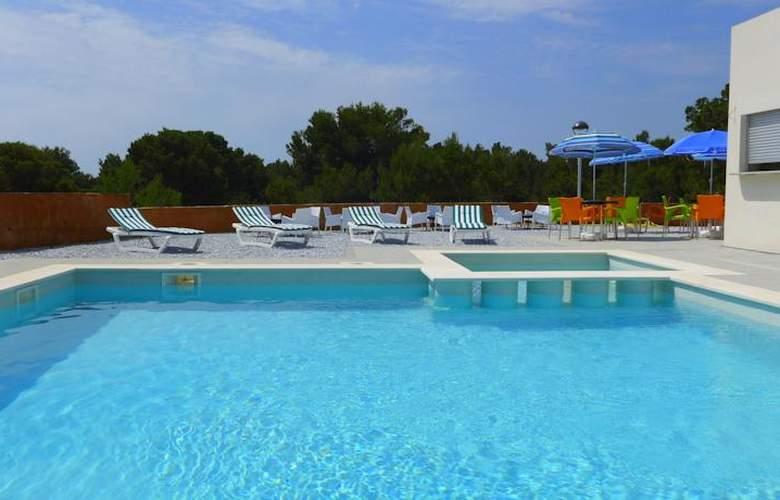 Sun Dore Rentalmar - Hotel - 0