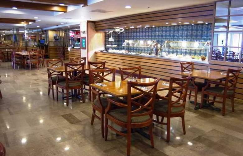 iStay Hotel Monterrey Historico - Restaurant - 2