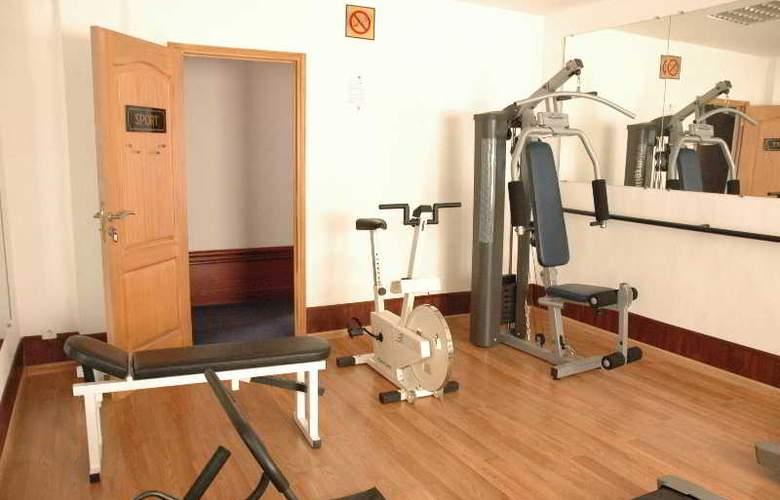 Le Grand Mellis Hotel & Spa - Sport - 5