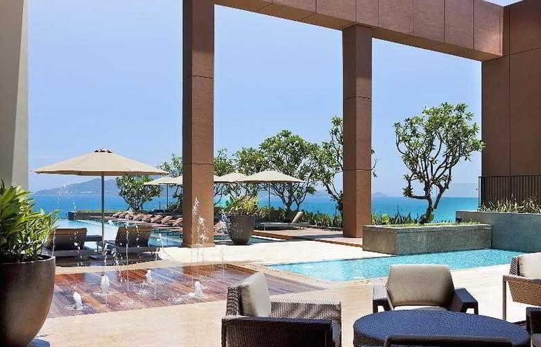 Sheraton Nha Trang Hotel and Spa - Pool - 6