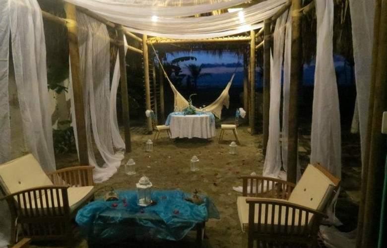Hotel Auaecoco Cartagena - Beach - 1