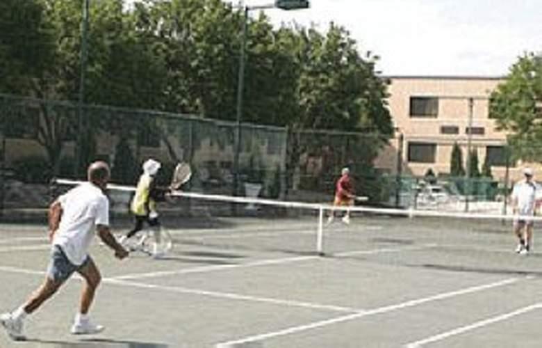 Quality Hotel Bayside Resort - Sport - 3