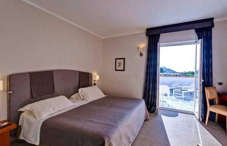 Best Western Regina Palace Terme - Hotel - 5