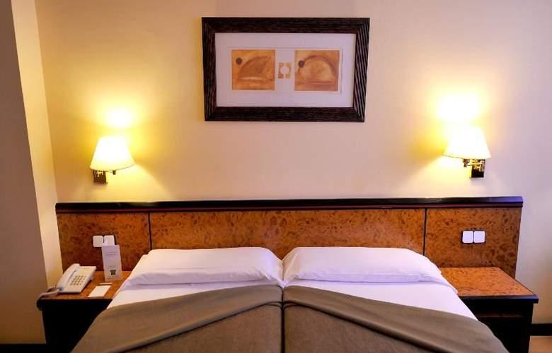 Hotel Glories Sercotel - Room - 11