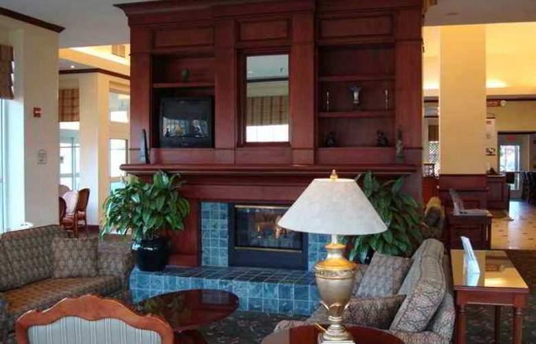 Hilton Garden Inn Fairfax - Hotel - 0