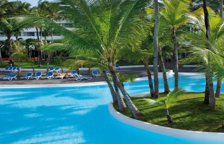 Riu Naiboa - Pool - 12
