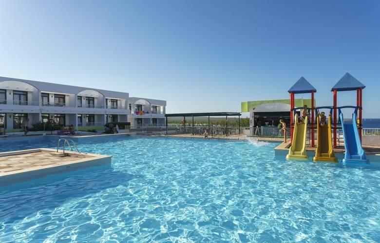 Beach Club - Pool - 8