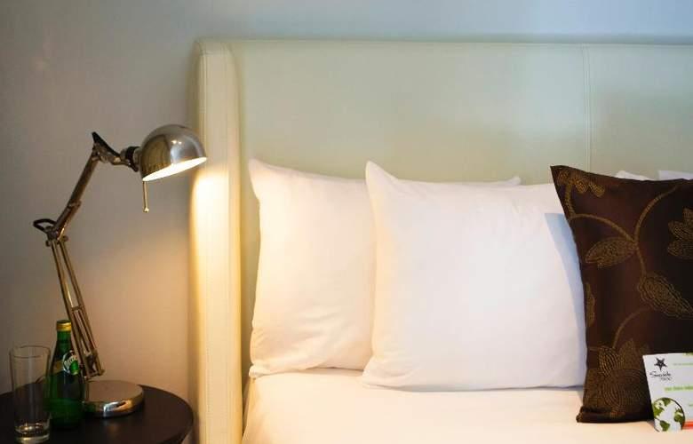 Seaside Apartments - Room - 9