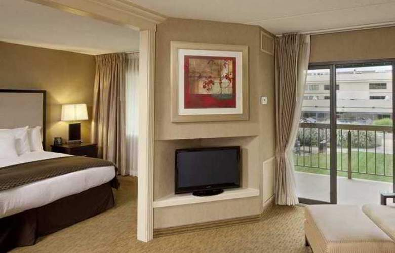 DoubleTree Suites by Hilton Hotel Dayton - Hotel - 3