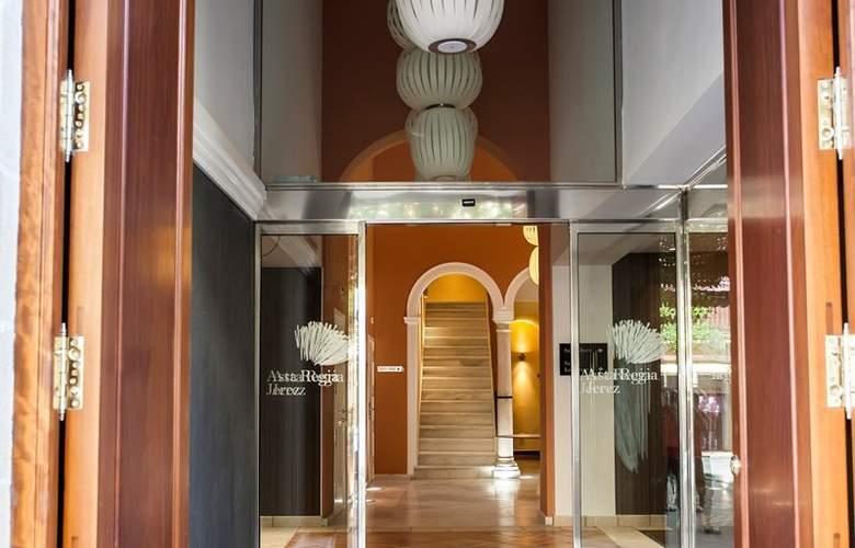 Eurostars Asta Regia - Hotel - 10