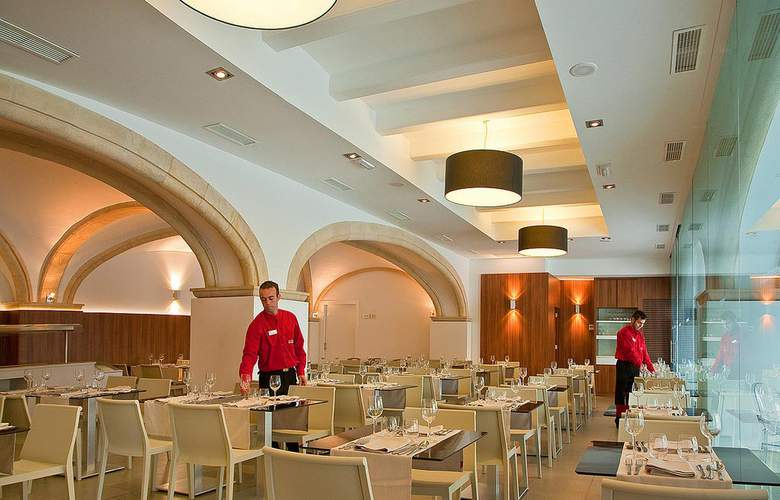 RH Porto Cristo - Restaurant - 5