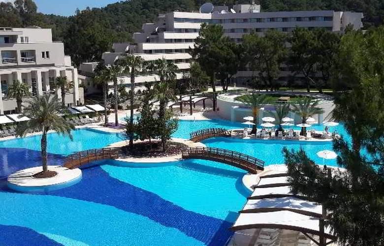 Rixos Premium Tekirova - Pool - 6