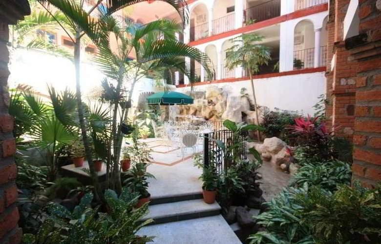 Encino - Hotel - 0