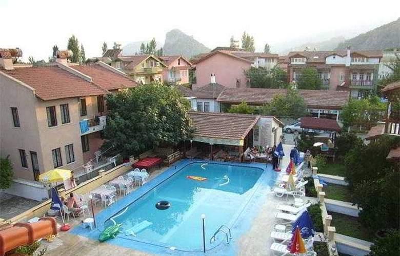 Villa Ozalp - Pool - 4