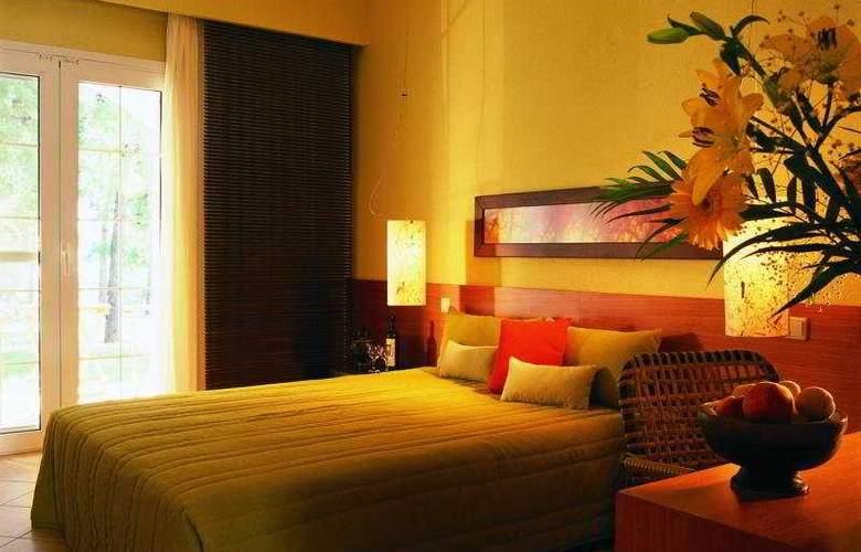 Alexandra Beach - Room - 3