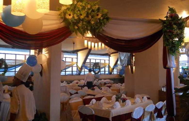 The HQ - Restaurant - 20