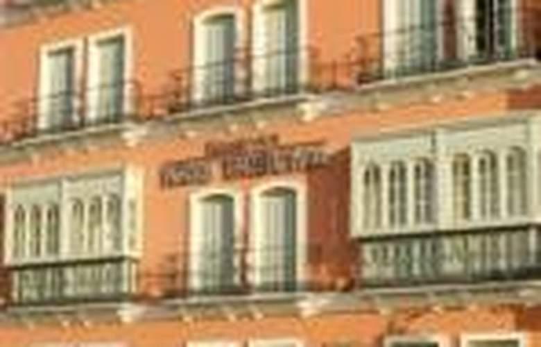 Tribuna Malagueña - Hotel - 0