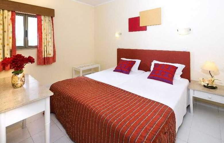 Cheerfulway Valmangude Jardim - Room - 6