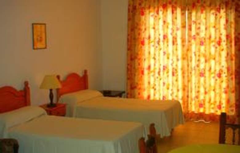 El Sombrero - Hotel - 0