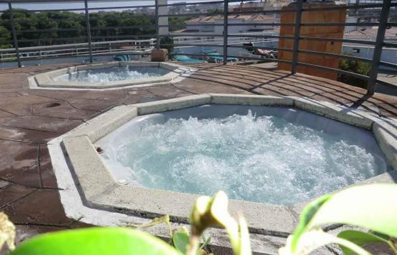 Olympus Palace - Pool - 19
