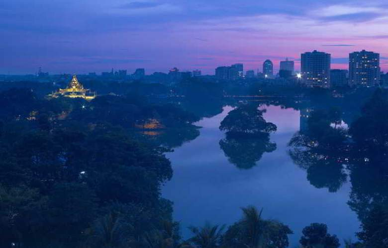 Chatrium Royal Lake Yangon - Hotel - 8