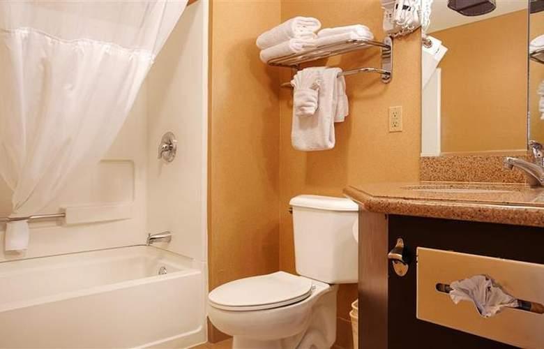 Best Western Newport Beach Inn - Room - 38
