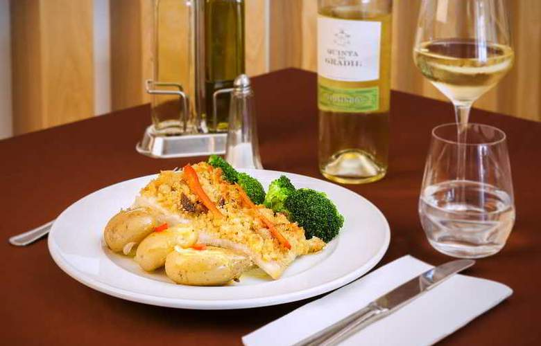 Ribeiro Hotel - Restaurant - 8