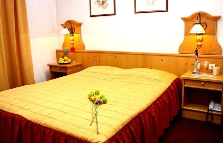 Trans Hotel - Room - 14