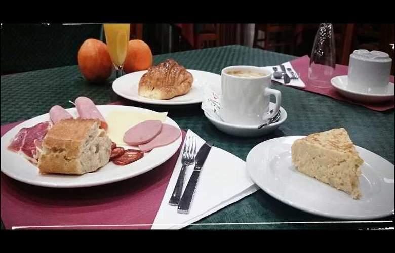 Pamplona Villava - Restaurant - 16