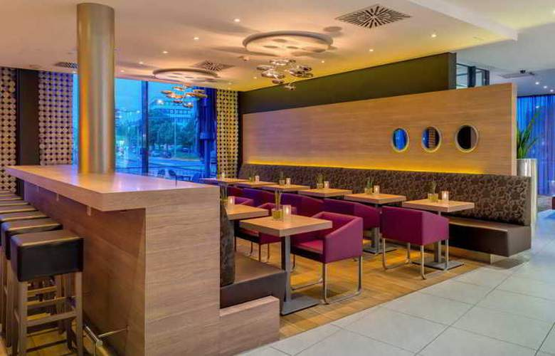 Acom Hotel Nürnberg - Bar - 15