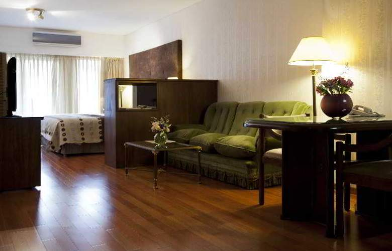 Feirs Park Hotel - Room - 17