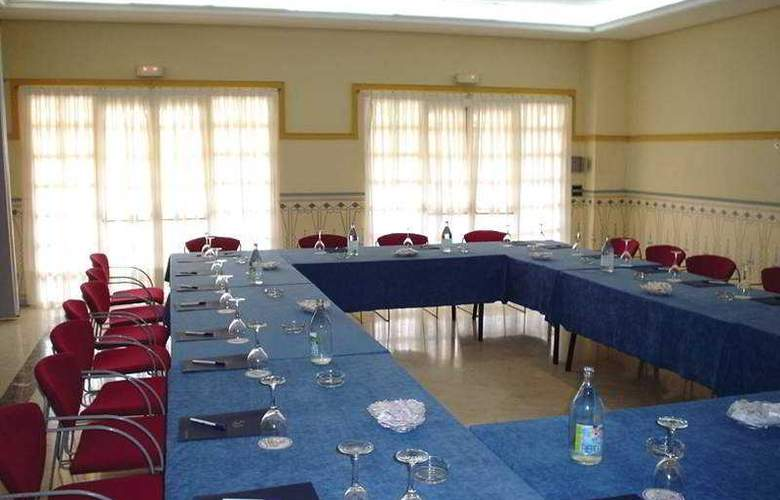 Exe Gran Solucar - Conference - 25