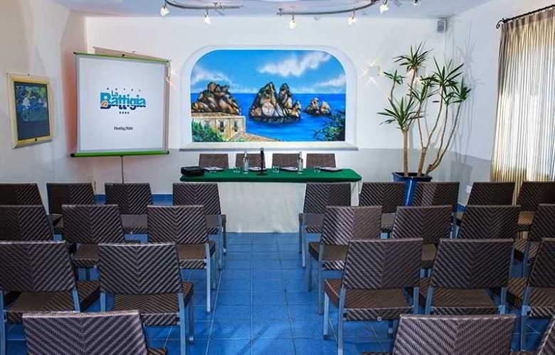 La Battigia - Conference - 14