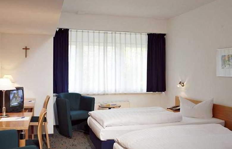 VCH Akademie Hotel Berlin - Room - 4