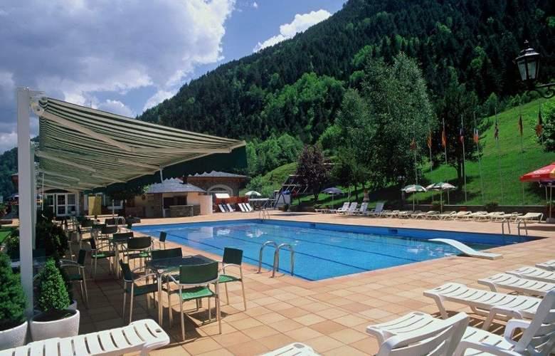 St. Gothard - Pool - 3
