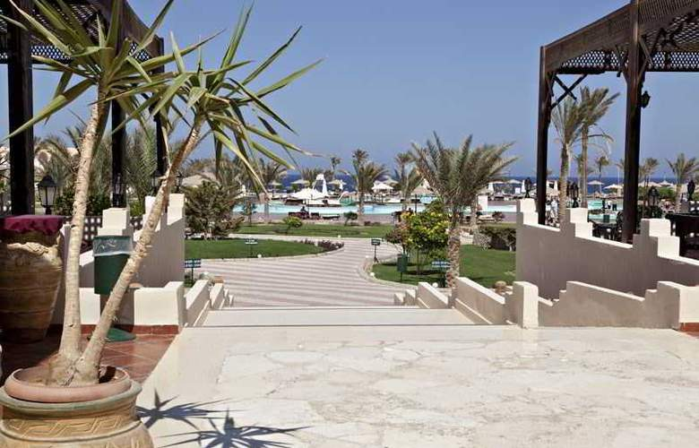 Three Corners Sea Beach Resort - Hotel - 6