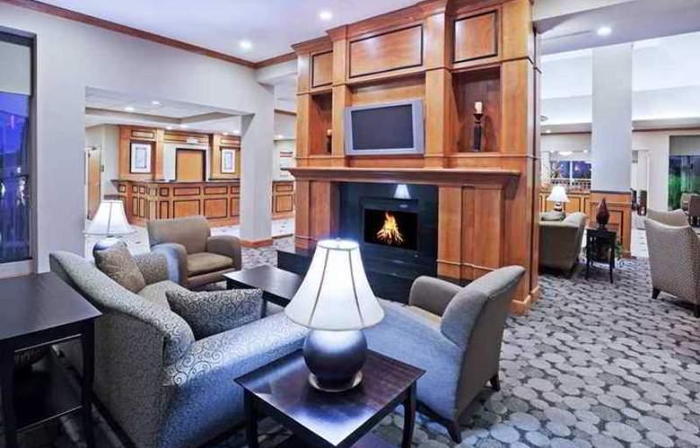 Hilton Garden Inn Tulsa South - Hotel - 0