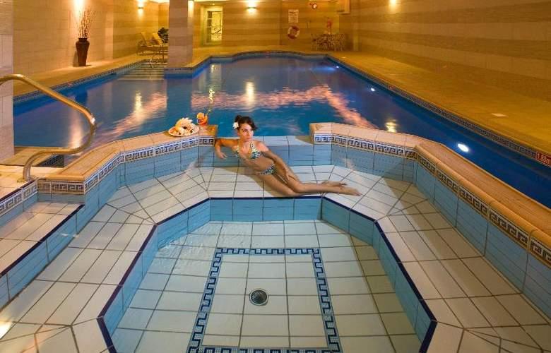 Solana Hotel & Spa - Pool - 22