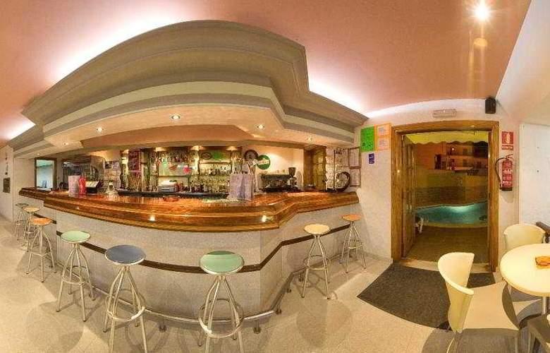 Hostal Adelino - Bar - 4