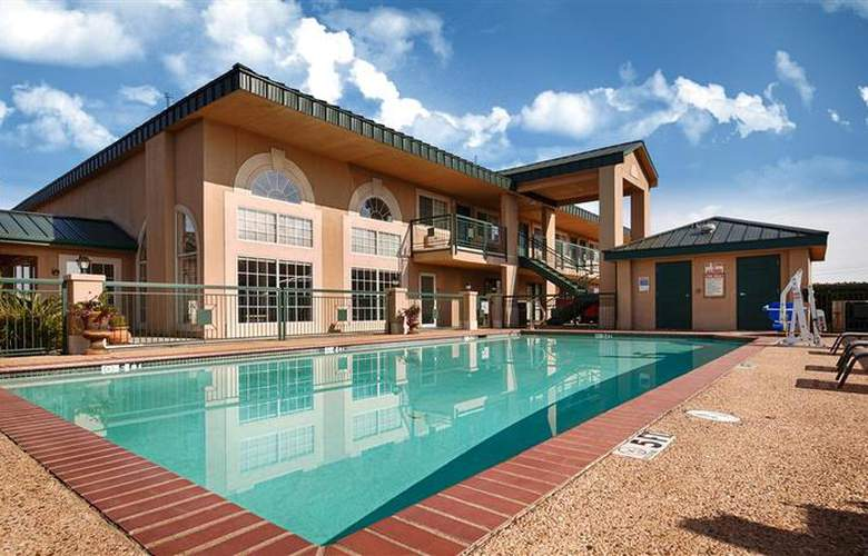 Best Western Plus Marble Falls Inn - Pool - 36